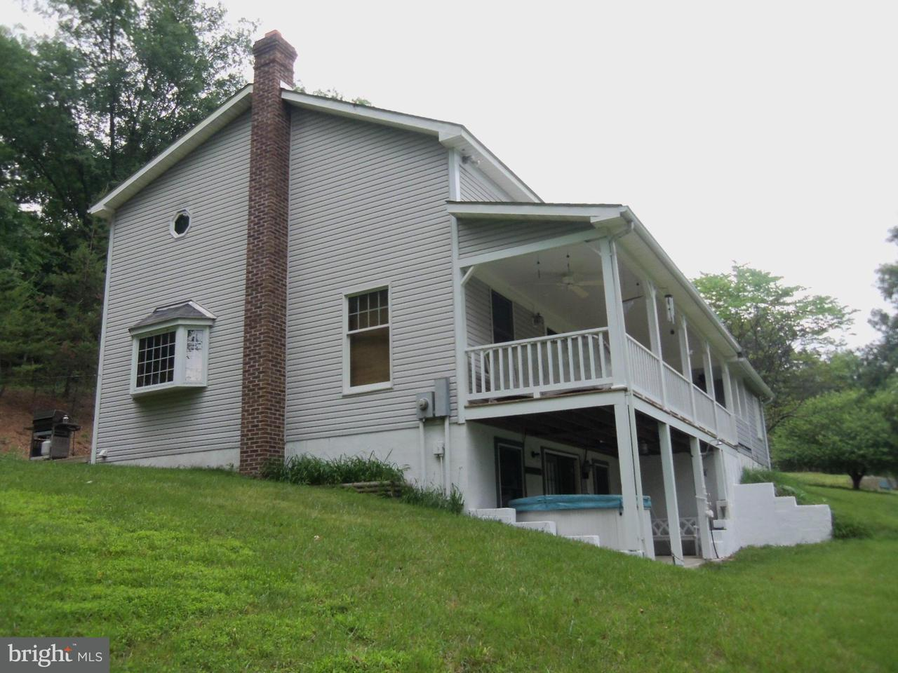 Additional photo for property listing at 441 Lamontay Ln  Great Cacapon, West Virginia 25422 United States