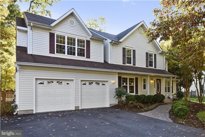 Casa Unifamiliar por un Venta en 5133 MARX Drive 5133 MARX Drive West River, Maryland 20778 Estados Unidos