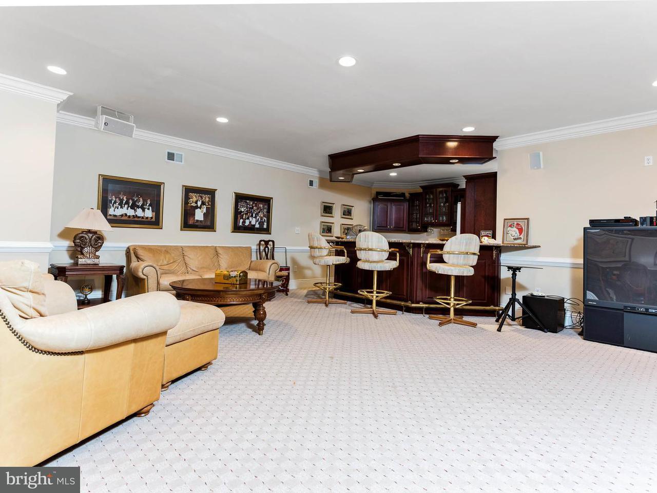 Additional photo for property listing at 6726 BENJAMIN Street 6726 BENJAMIN Street McLean, Virginia 22101 United States