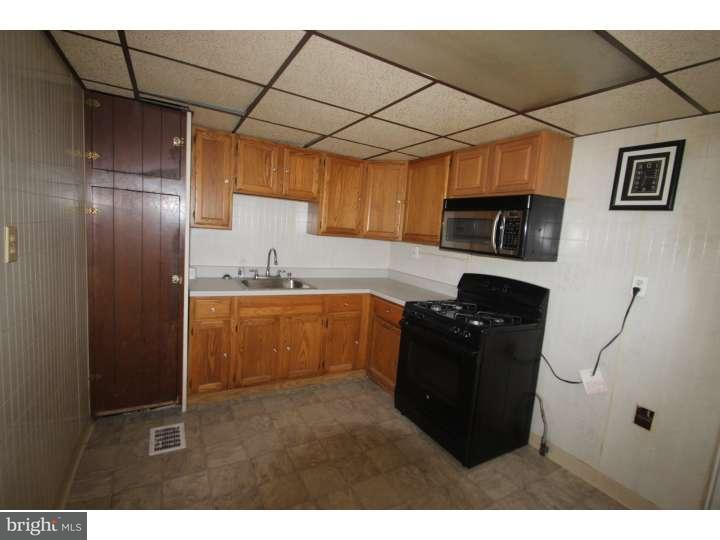 Additional photo for property listing at 1329 GREEN Street  Linwood, Пенсильвания 19061 Соединенные Штаты