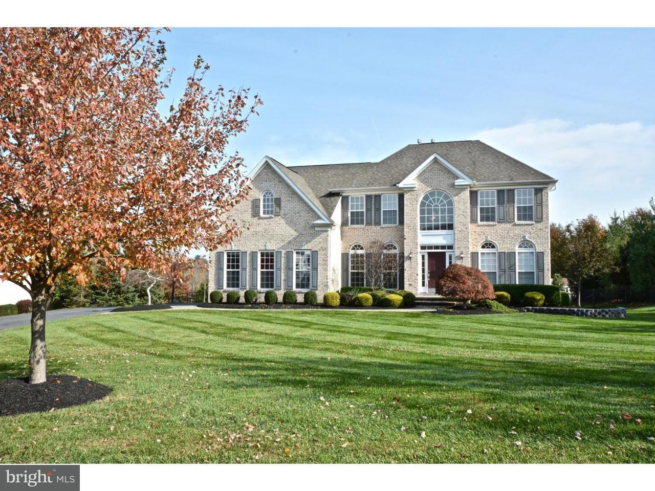Casa Unifamiliar por un Venta en 6 WHITEHOUSE WAY Ringoes, Nueva Jersey 08551 Estados UnidosEn/Alrededor: Raritan Township