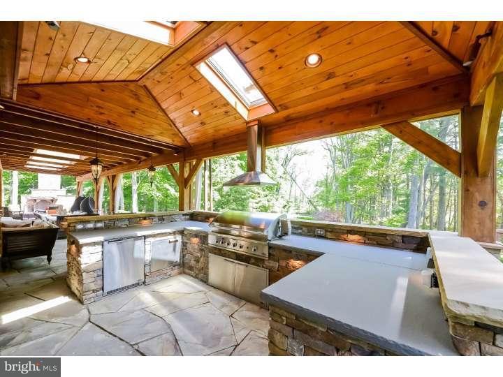 Additional photo for property listing at 807 RIVERTON Road  Moorestown, Нью-Джерси 08057 Соединенные Штаты