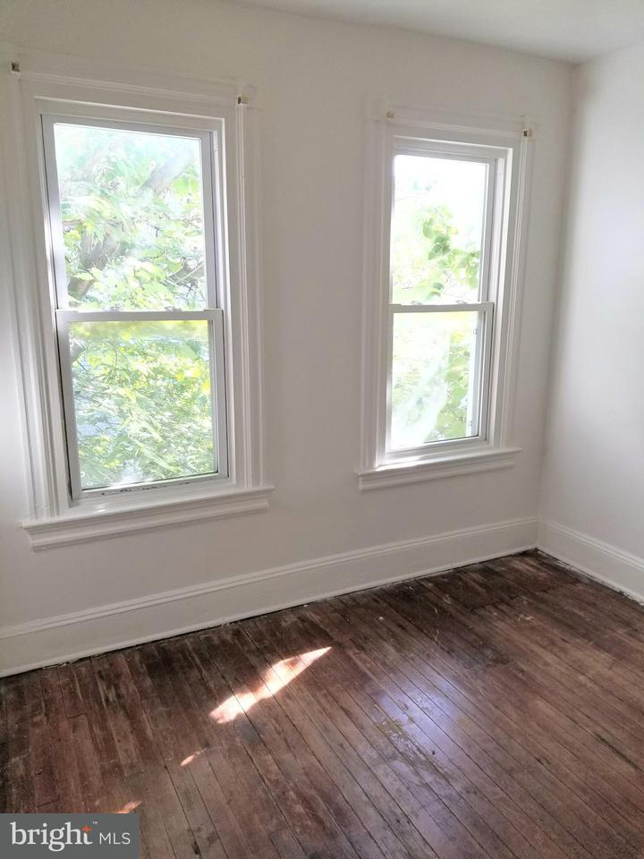 Additional photo for property listing at 2905 Georgia Ave Nw 2905 Georgia Ave Nw Washington, 哥倫比亞特區 20001 美國