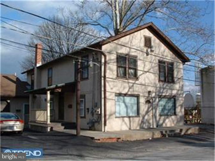 独户住宅 为 出租 在 217 N 5TH ST #APT 2 Oxford, 宾夕法尼亚州 19363 美国