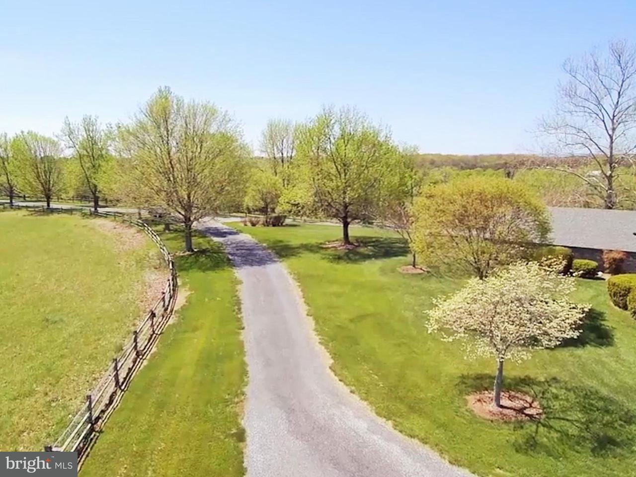 Einfamilienhaus für Verkauf beim 643 LANDER Lane 643 LANDER Lane Berryville, Virginia 22611 Vereinigte Staaten