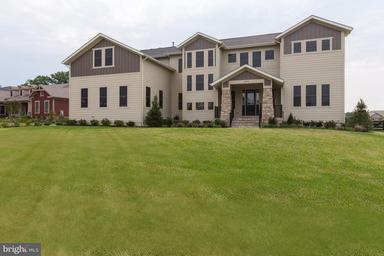 Single Family Home for Sale at 22982 HOMESTEAD LANDING Court 22982 HOMESTEAD LANDING Court Ashburn, Virginia 20148 United States
