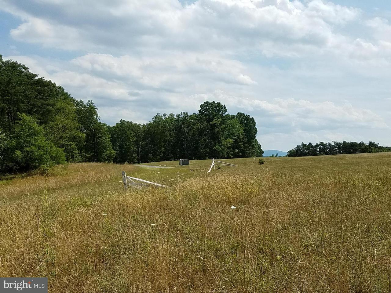 Additional photo for property listing at 5 Husk Trl  Berkeley Springs, West Virginia 25411 United States