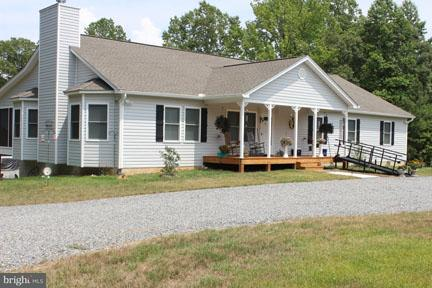 Single Family Home for Sale at 14249 SOUTH RIVER Road 14249 SOUTH RIVER Road Woodford, Virginia 22580 United States