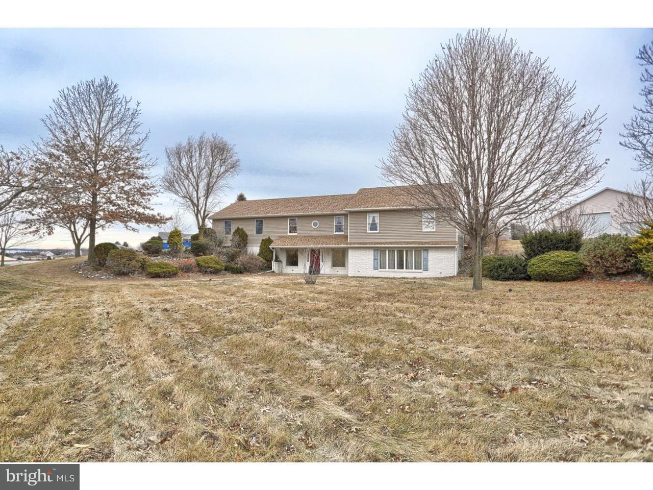 Частный односемейный дом для того Аренда на 2103 HEFFNER Road Fogelsville, Пенсильвания 18051 Соединенные Штаты