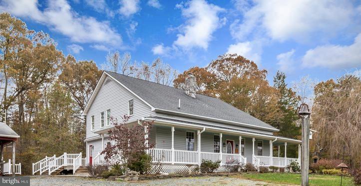 農場 為 出售 在 559 HOLLY CORNER Road 559 HOLLY CORNER Road Fredericksburg, 弗吉尼亞州 22406 美國