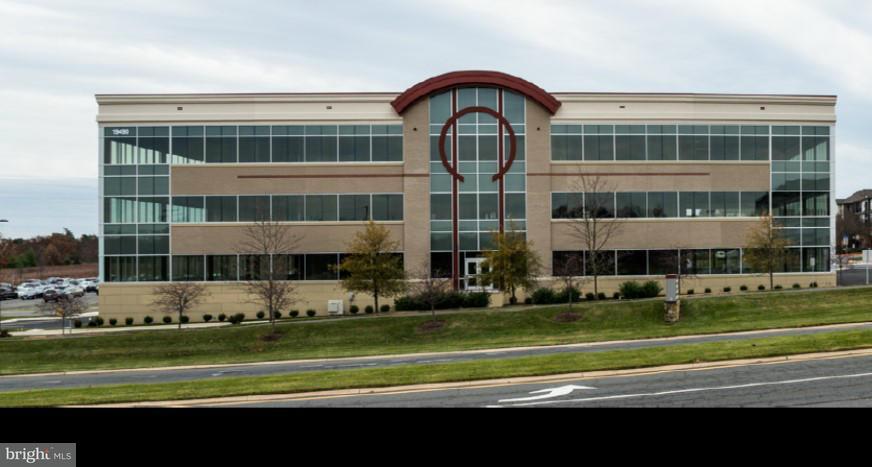 Additional photo for property listing at 19490 SANDRIDGE WAY #110 19490 SANDRIDGE WAY #110 Leesburg, Виргиния 20176 Соединенные Штаты