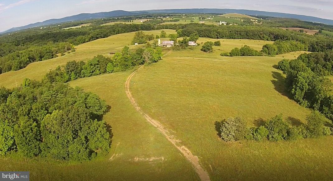 農場 為 出售 在 3021 CONOCOCHEAGUE Lane 3021 CONOCOCHEAGUE Lane Greencastle, 賓夕法尼亞州 17225 美國