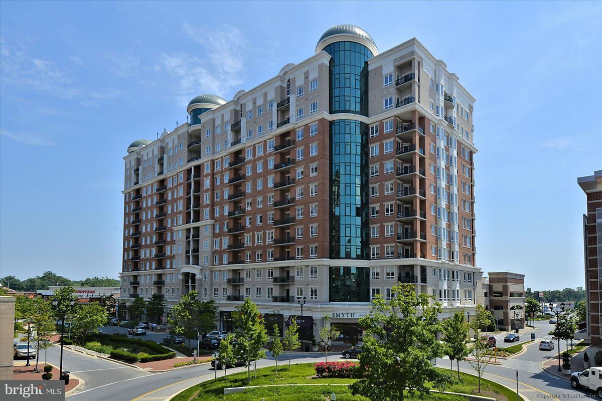 Кондоминиум для того Продажа на 1915 Towne Centre Blvd #812 1915 Towne Centre Blvd #812 Annapolis, Мэриленд 21401 Соединенные Штаты