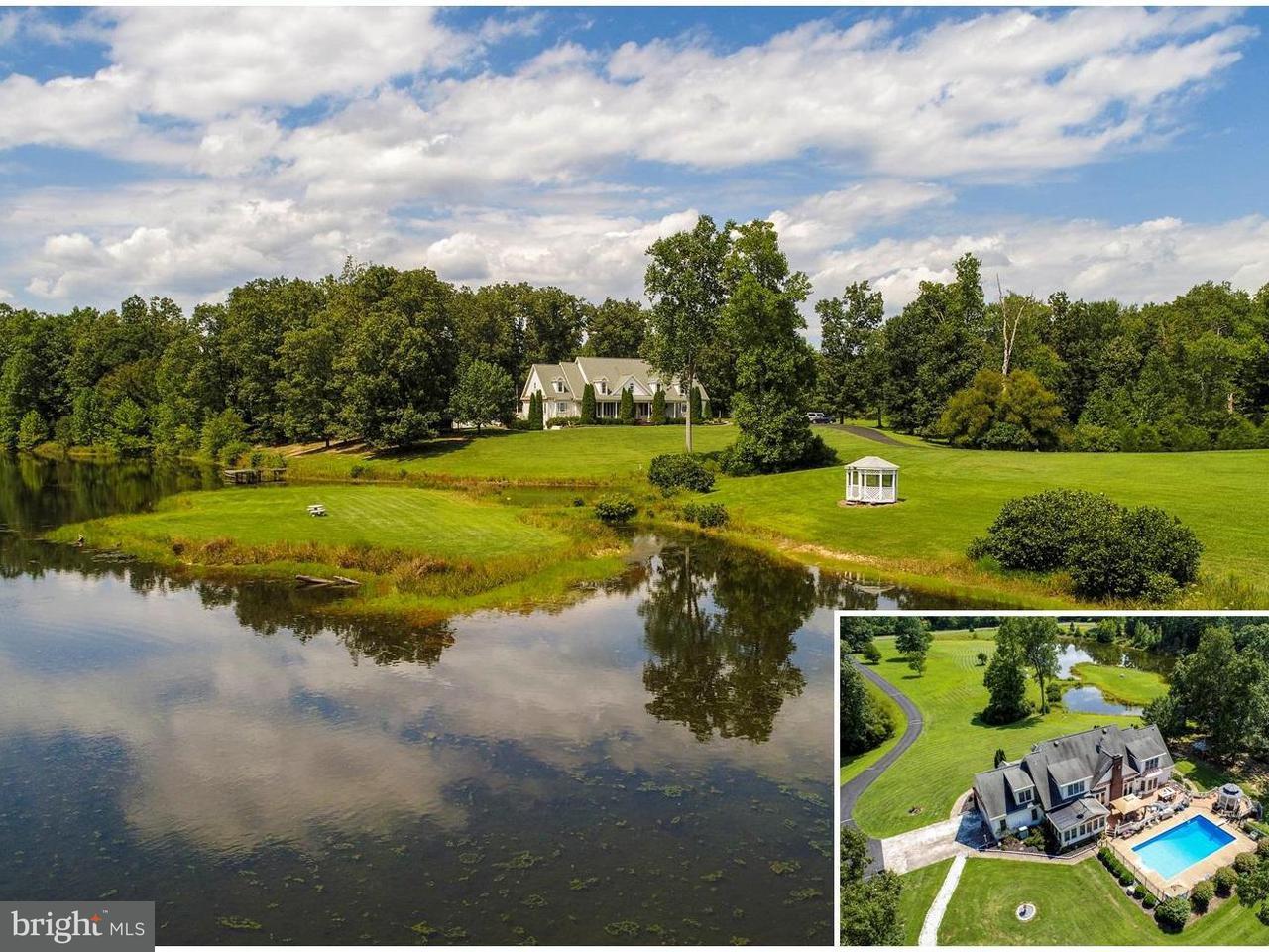 Casa Unifamiliar por un Venta en 2036 Spotswood Drive 2036 Spotswood Drive Locust Grove, Virginia 22508 Estados Unidos