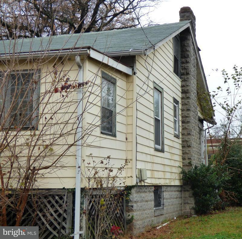 Additional photo for property listing at 12 NICHOLSON ST NW 12 NICHOLSON ST NW Washington, Distretto Di Columbia 20011 Stati Uniti