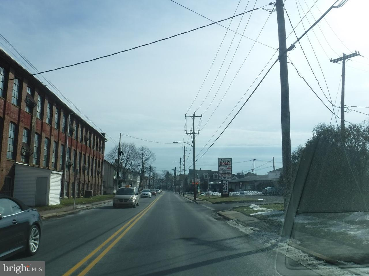 Additional photo for property listing at 1408 W BROAD ST #3  Quakertown, Pennsylvanie 18951 États-Unis