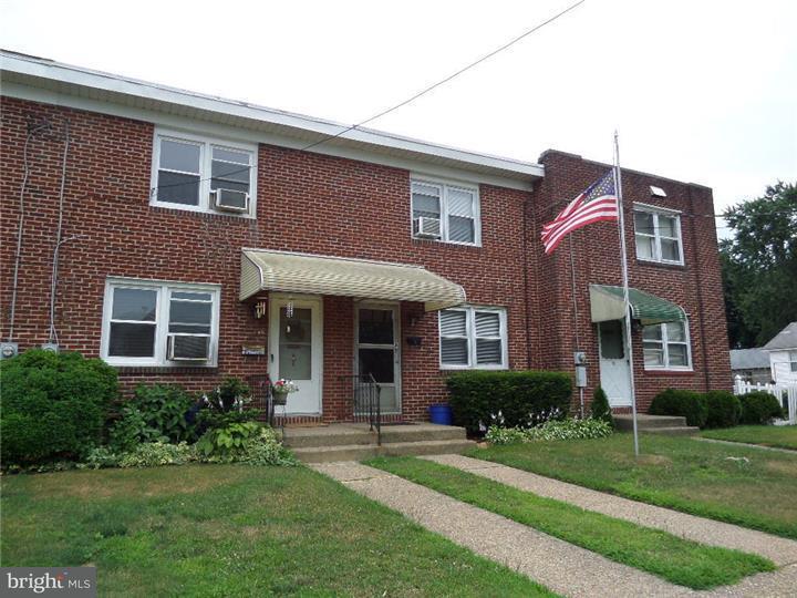 Casa unifamiliar adosada (Townhouse) por un Alquiler en 86 W 4TH Street Burlington, Nueva Jersey 08016 Estados Unidos