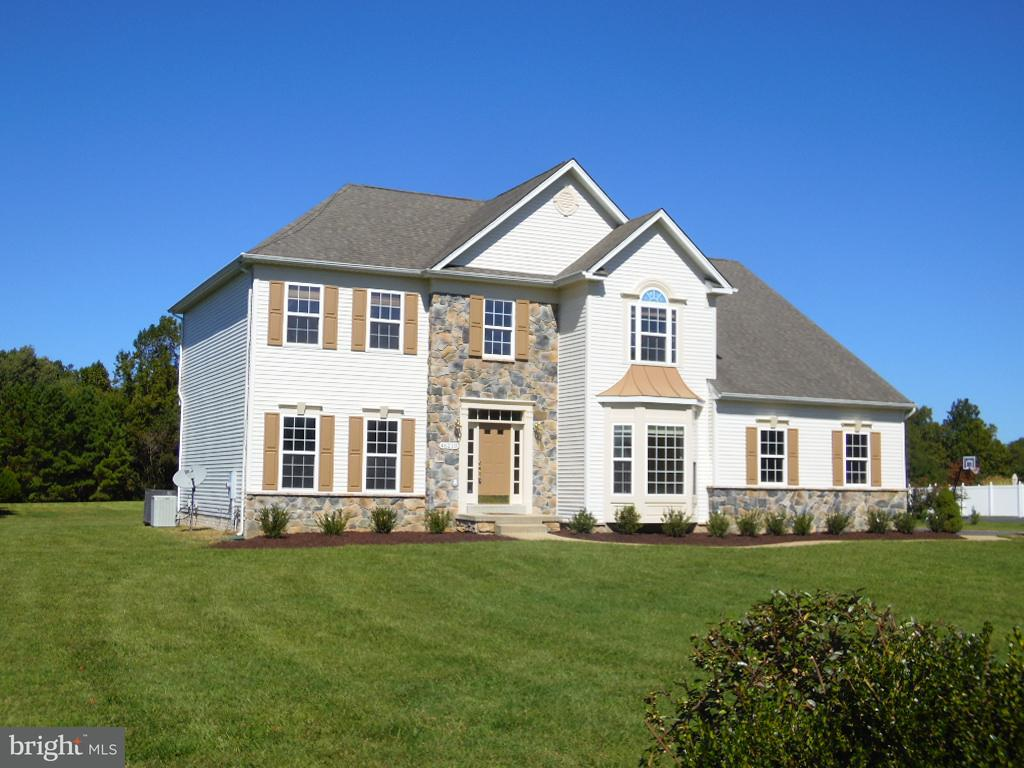 Частный односемейный дом для того Продажа на 46210 NORTH GREENS REST Drive 46210 NORTH GREENS REST Drive Great Mills, Мэриленд 20634 Соединенные Штаты
