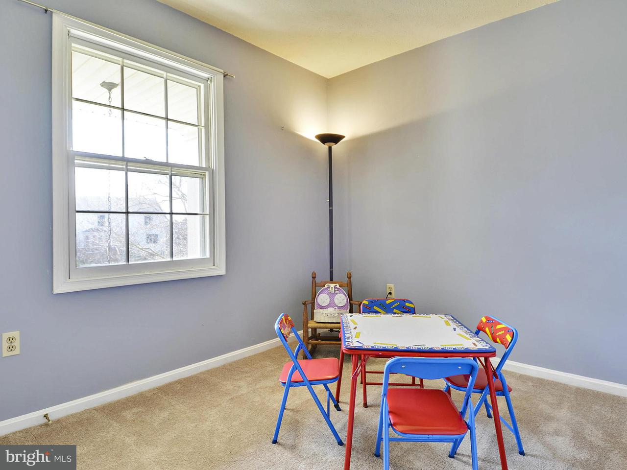Additional photo for property listing at 1034 RIVA RIDGE Drive 1034 RIVA RIDGE Drive Great Falls, Virginia 22066 United States