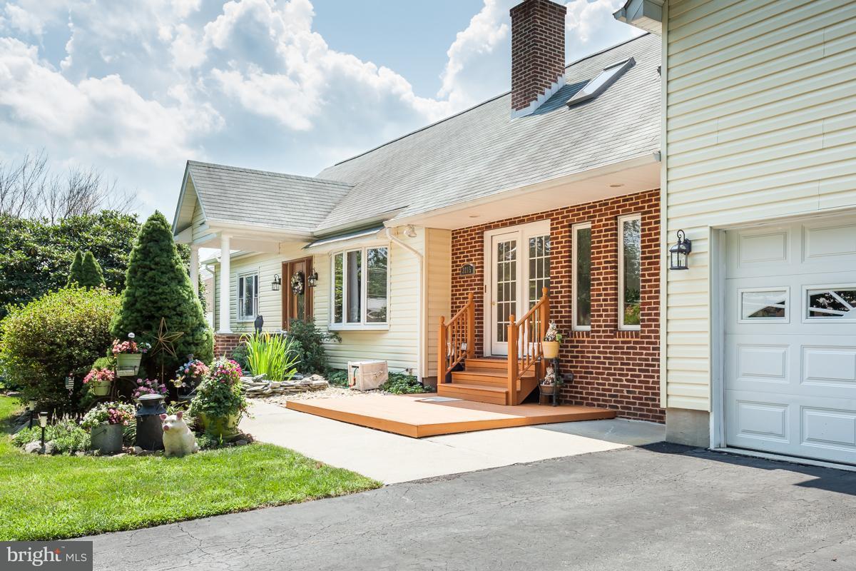 獨棟家庭住宅 為 出售 在 2215 SCHOOL Road 2215 SCHOOL Road Darlington, 馬里蘭州 21034 美國