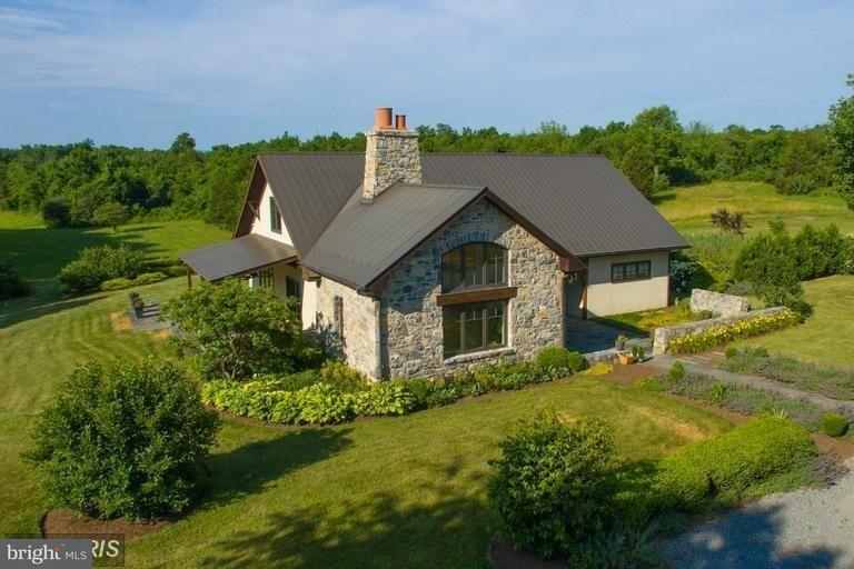 商用 为 销售 在 912 WHITE POST Road 912 WHITE POST Road White Post, 弗吉尼亚州 22663 美国