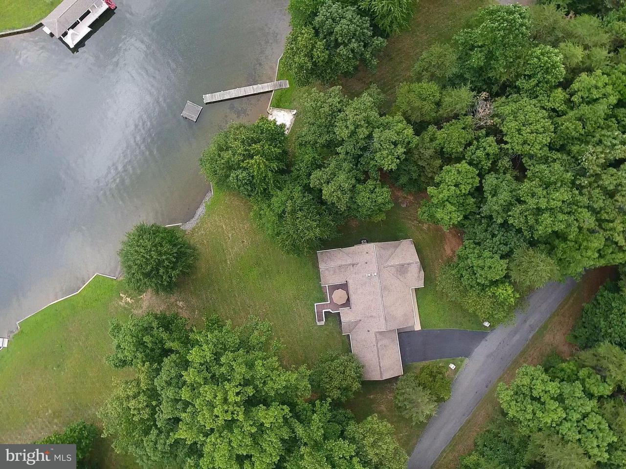 一戸建て のために 売買 アット 82 Heather Drive 82 Heather Drive Bumpass, バージニア 23024 アメリカ合衆国