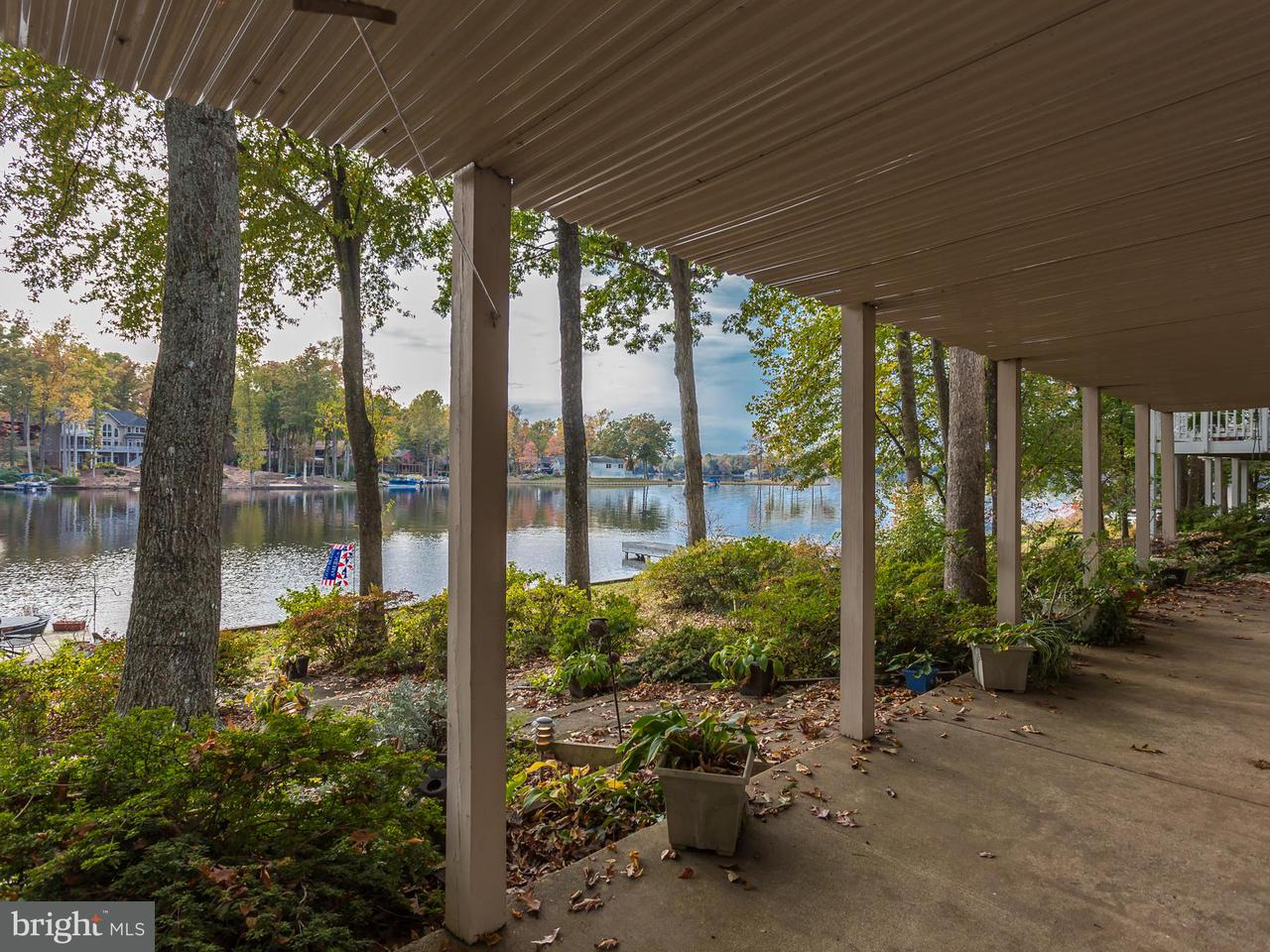Additional photo for property listing at 212 MT. PLEASANT Drive 212 MT. PLEASANT Drive Locust Grove, Virginia 22508 Vereinigte Staaten