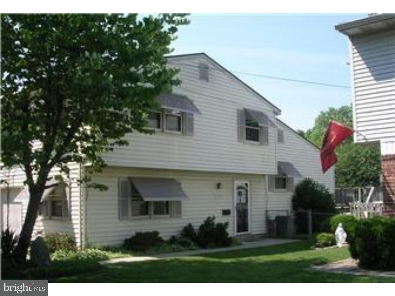 Таунхаус для того Аренда на 109 KENNEDY BLVD Bellmawr, Нью-Джерси 08031 Соединенные Штаты