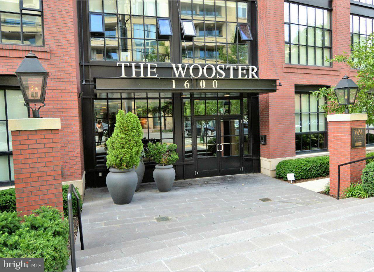 Condominium for Sale at 1600 CLARENDON BLVD #W208 1600 CLARENDON BLVD #W208 Arlington, Virginia 22209 United States