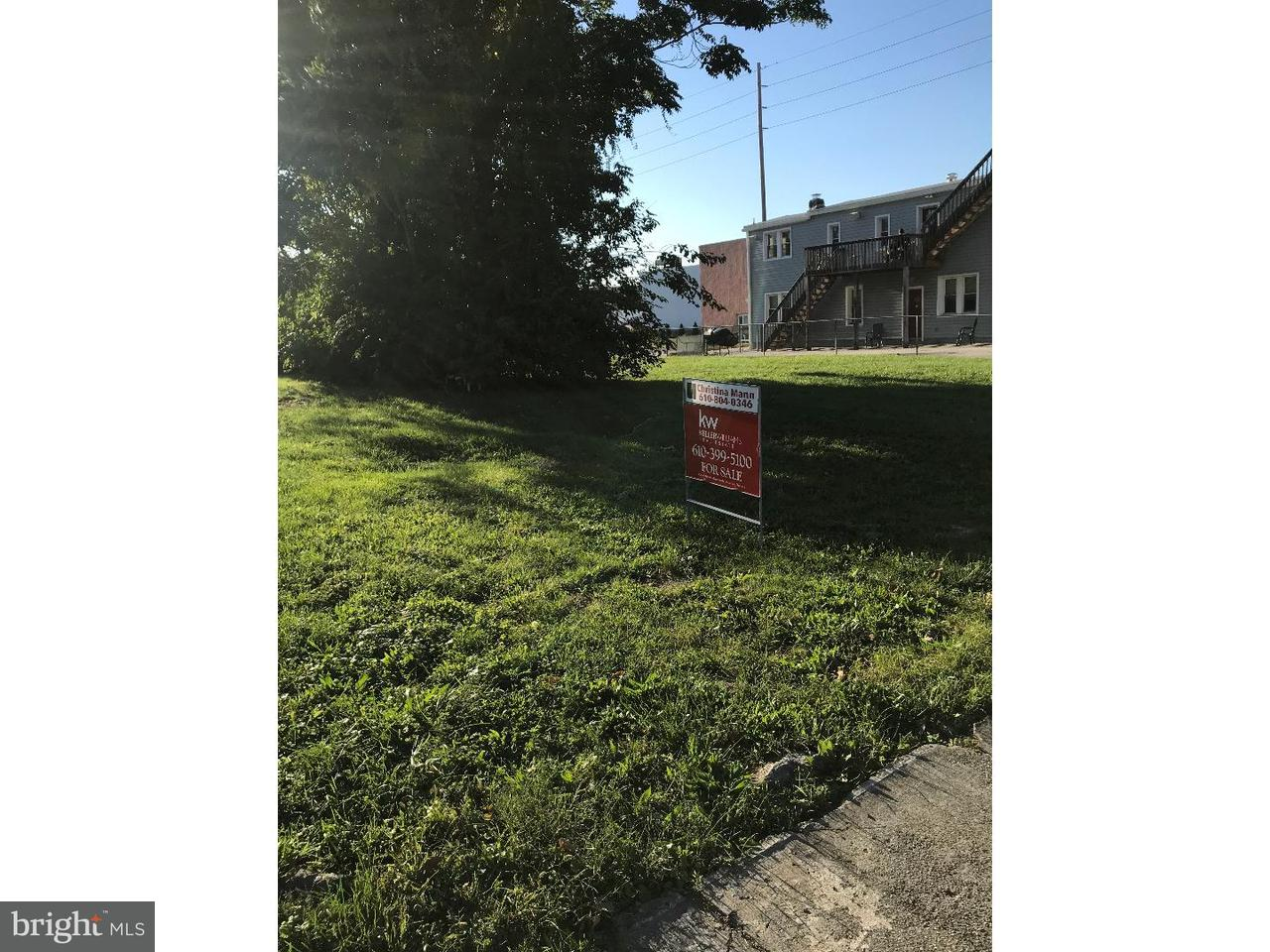 Single Family Home for Rent at 320 MARKET Street Marcus Hook, Pennsylvania 19061 United States