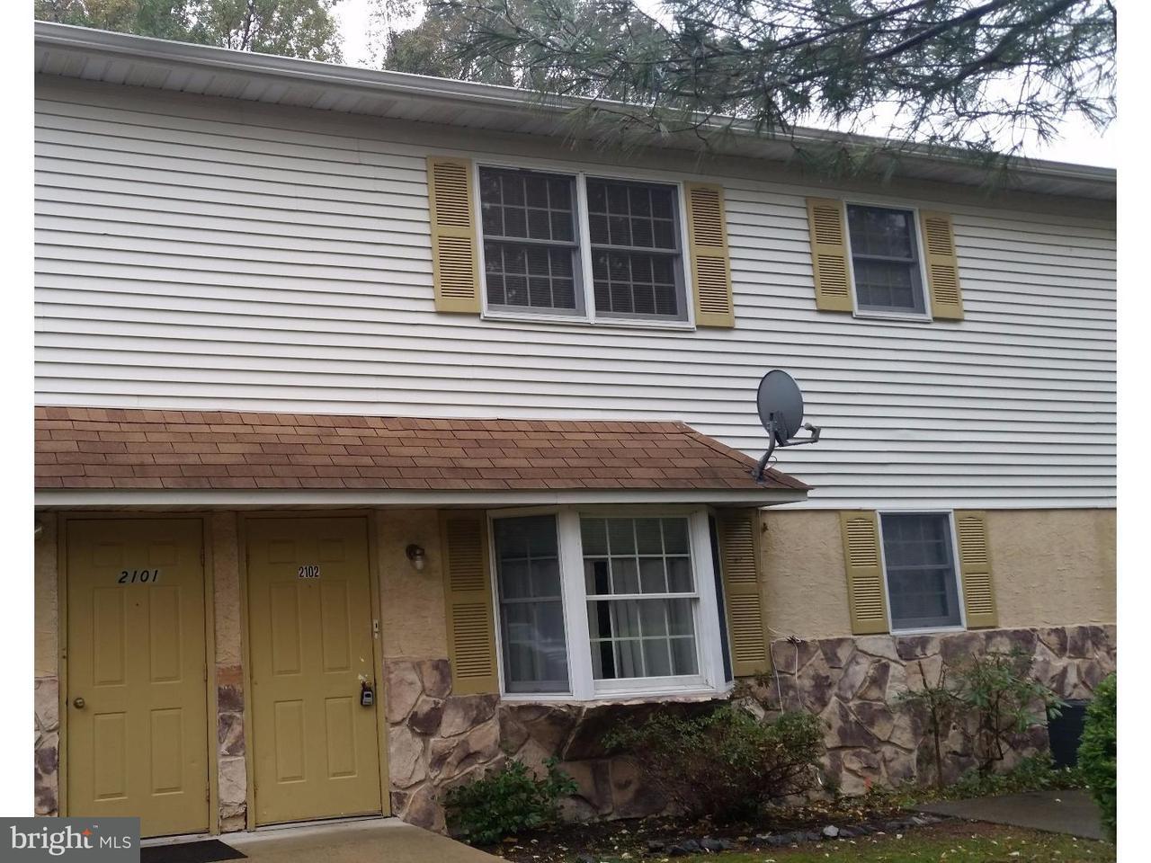 Частный односемейный дом для того Аренда на 2102-2 WHITPAIN HLS Blue Bell, Пенсильвания 19422 Соединенные Штаты