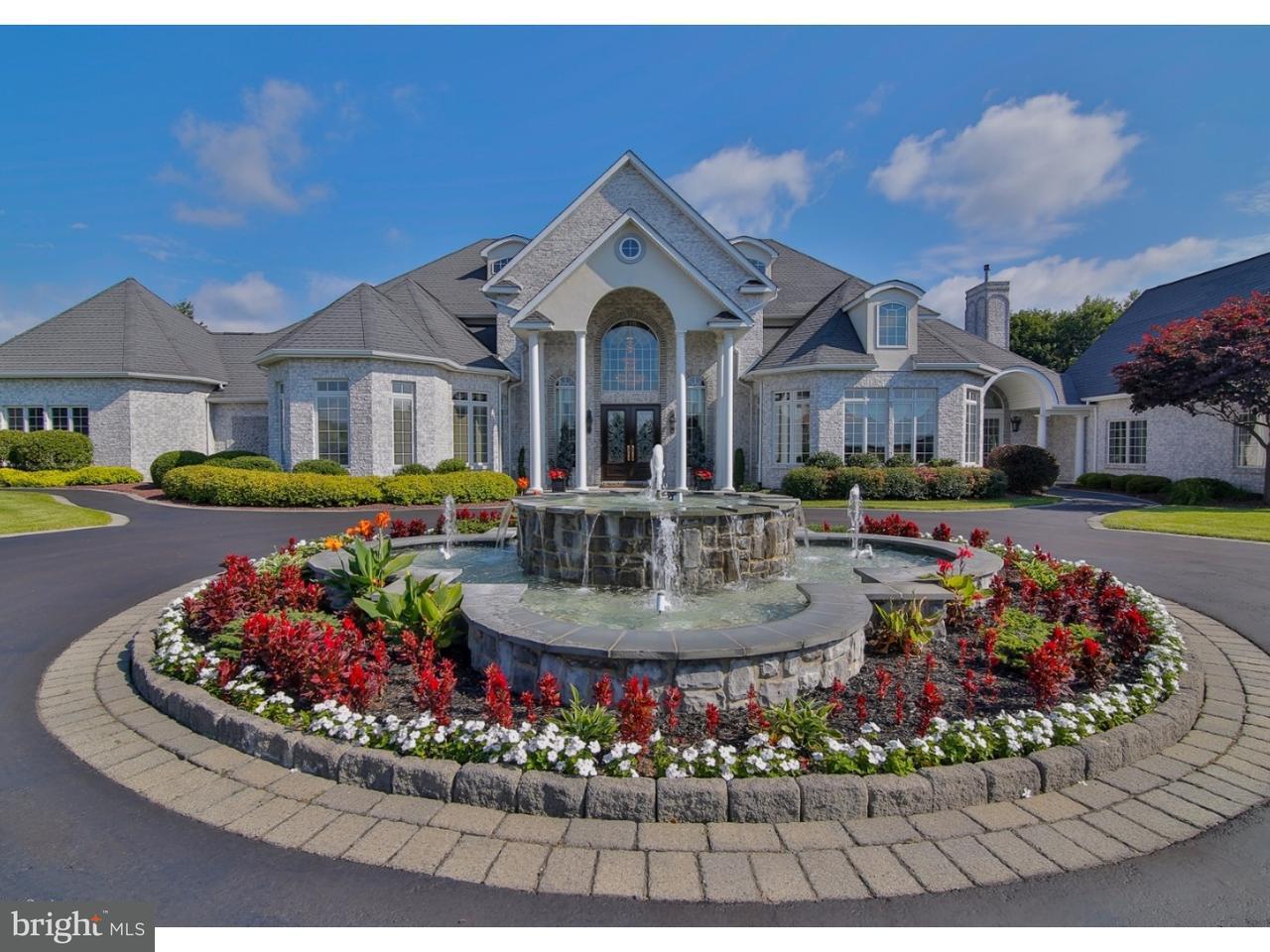 Частный односемейный дом для того Продажа на 670 STAGECOACH Drive Cherryville, Пенсильвания 18035 Соединенные Штаты