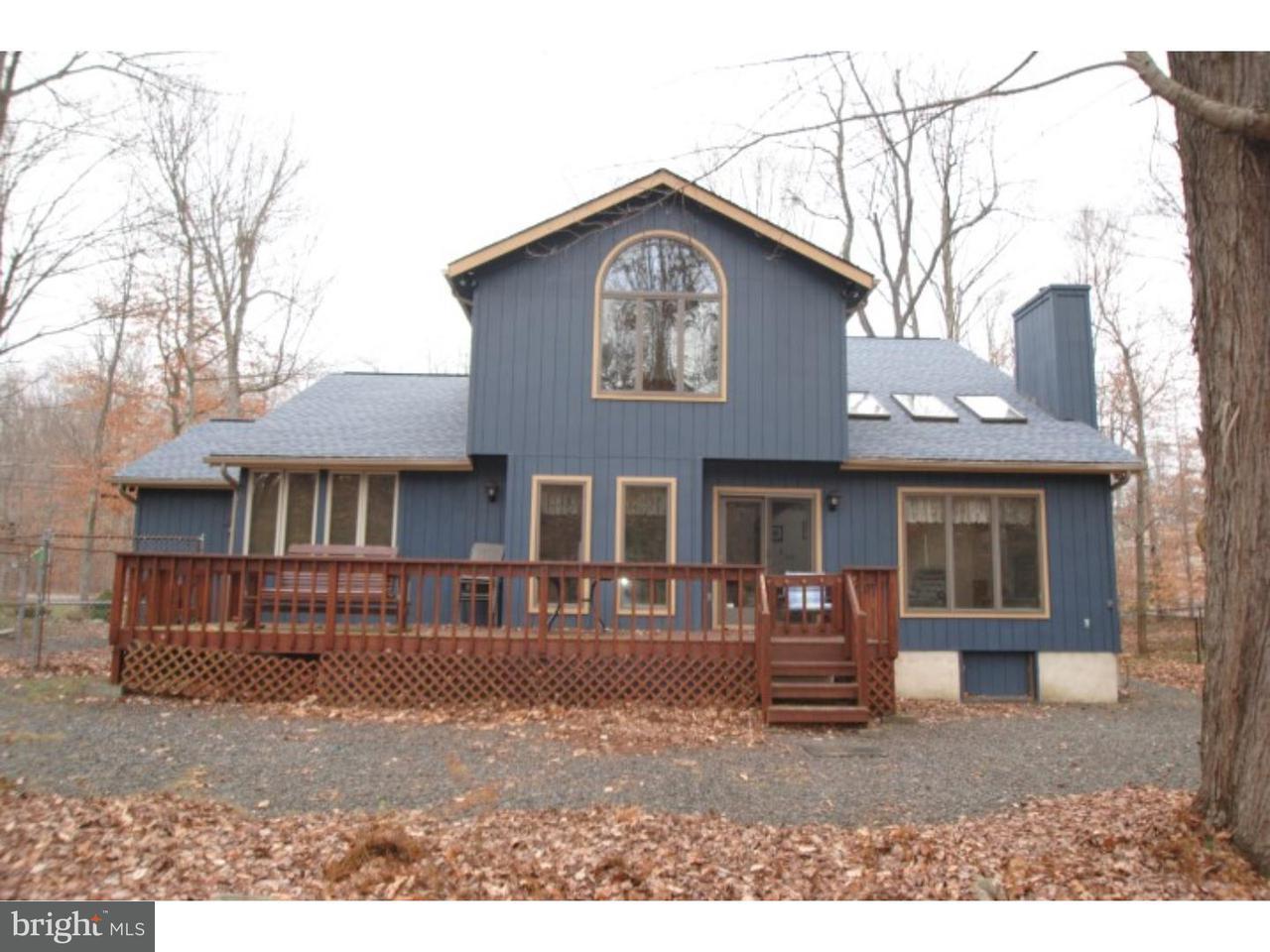 Частный односемейный дом для того Продажа на 577 MAXATAWNY Drive Pocono Lake, Пенсильвания 18347 Соединенные Штаты