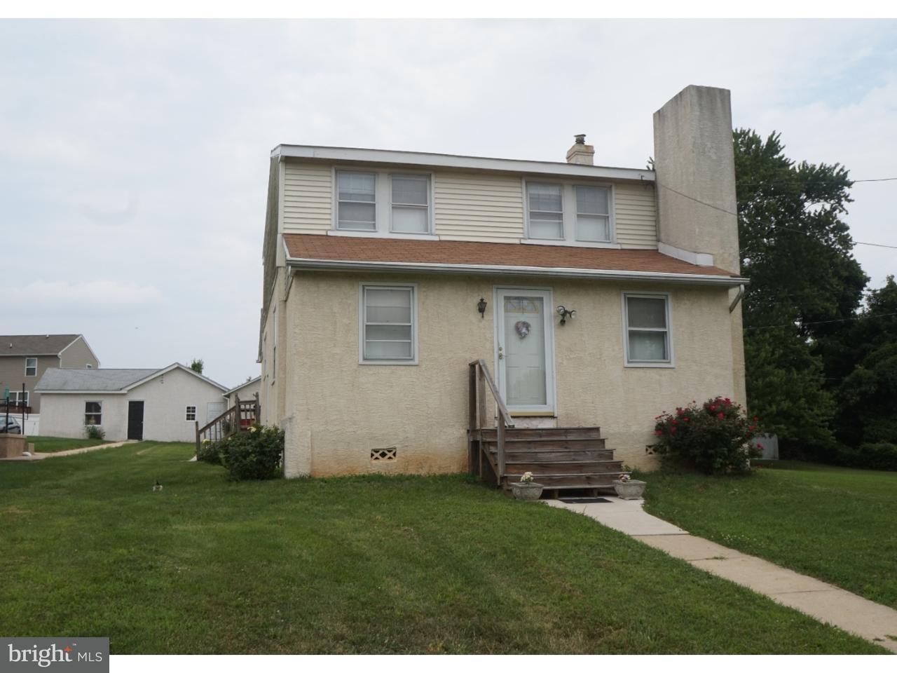 Частный односемейный дом для того Продажа на 2963 W GERMANTOWN PIKE Worcester, Пенсильвания 19403 Соединенные Штаты