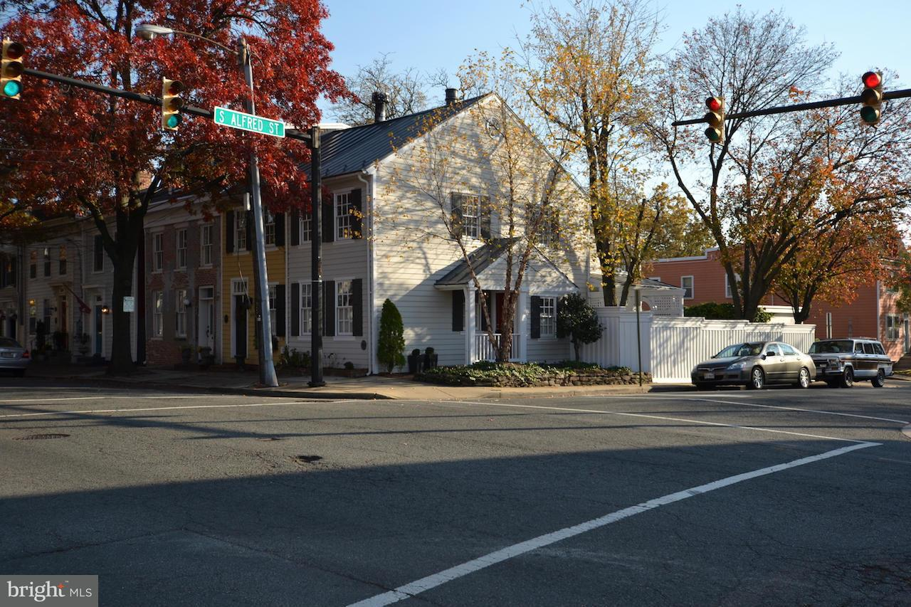 Other Residential for Rent at 826 Duke St Alexandria, Virginia 22314 United States