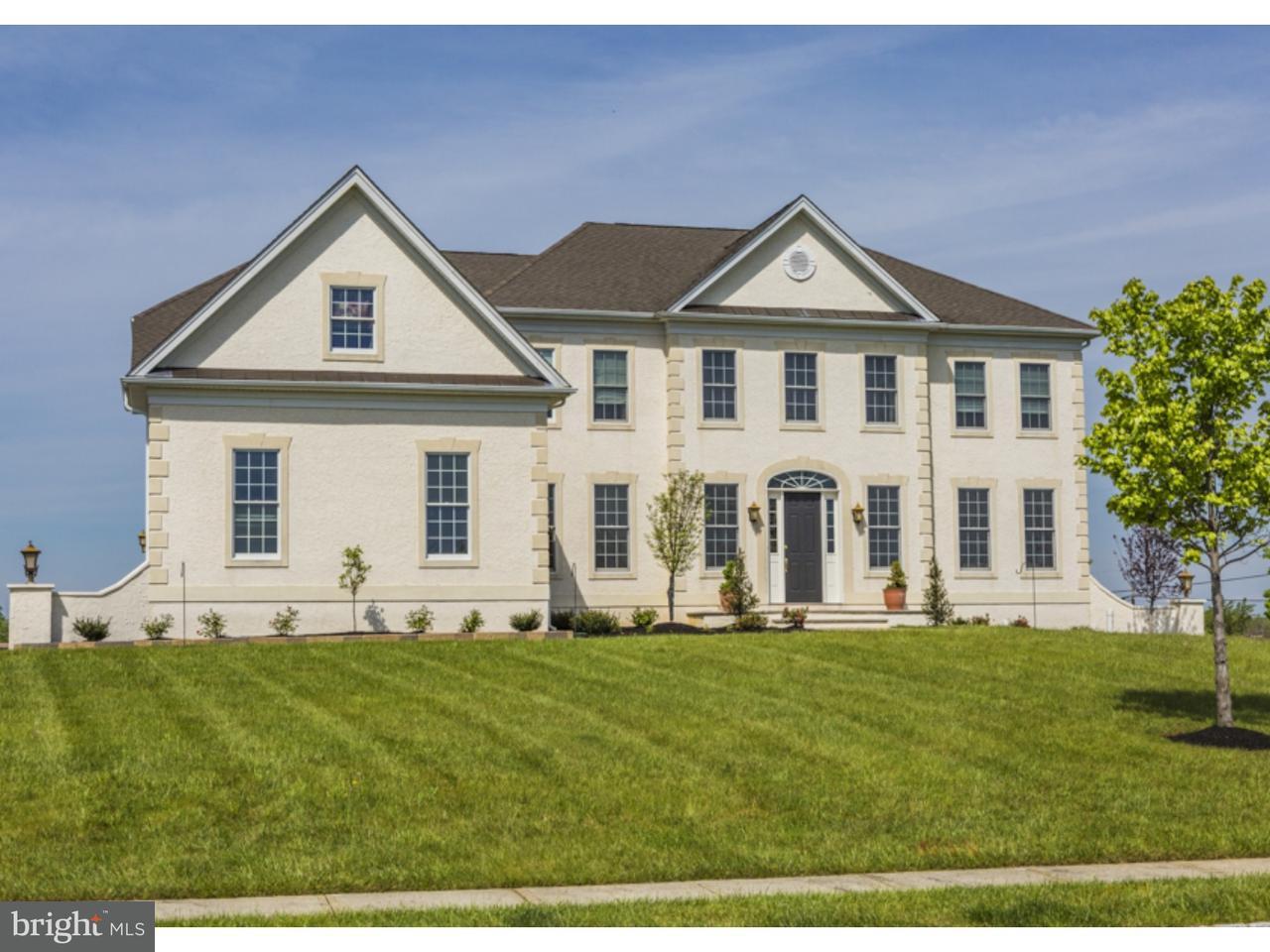 Maison unifamiliale pour l Vente à 2 ORCHARD Drive Cream Ridge, New Jersey 08514 États-UnisDans/Autour: Upper Freehold Township