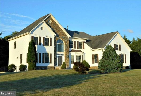 Single Family Home for Sale at 21000 BROOKE KNOLLS Road 21000 BROOKE KNOLLS Road Laytonsville, Maryland 20882 United States