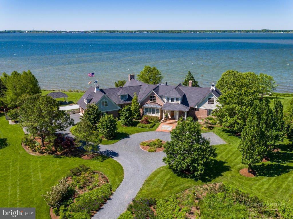 Maison unifamiliale pour l Vente à 29555 PORPOISE CRK 29555 PORPOISE CRK Trappe, Maryland 21673 États-Unis