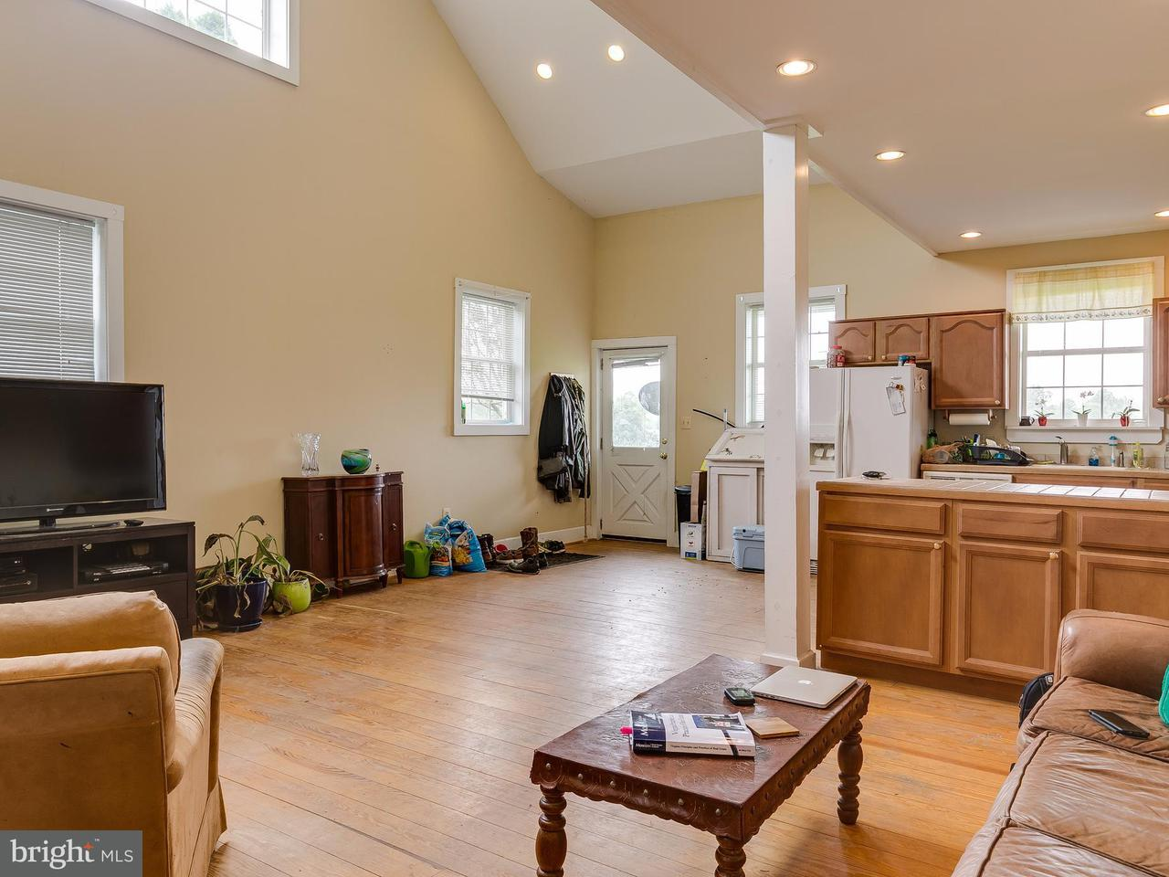 Additional photo for property listing at 7673 CHARNICK Road 7673 CHARNICK Road Marshall, Virginia 20115 Verenigde Staten