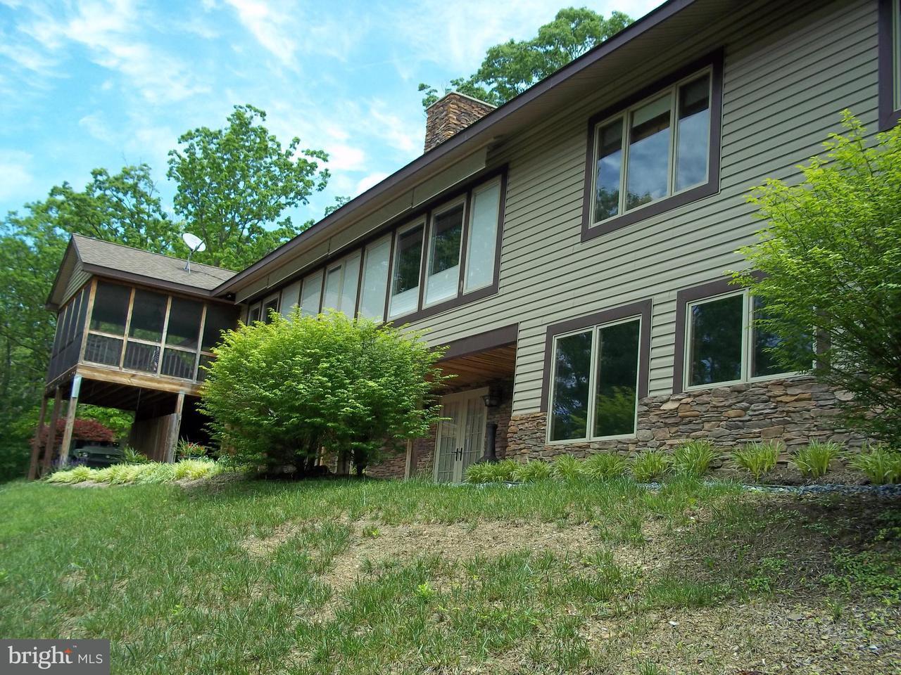 Maison unifamiliale pour l Vente à 270 MORGAN Road 270 MORGAN Road Cross Junction, Virginia 22625 États-Unis