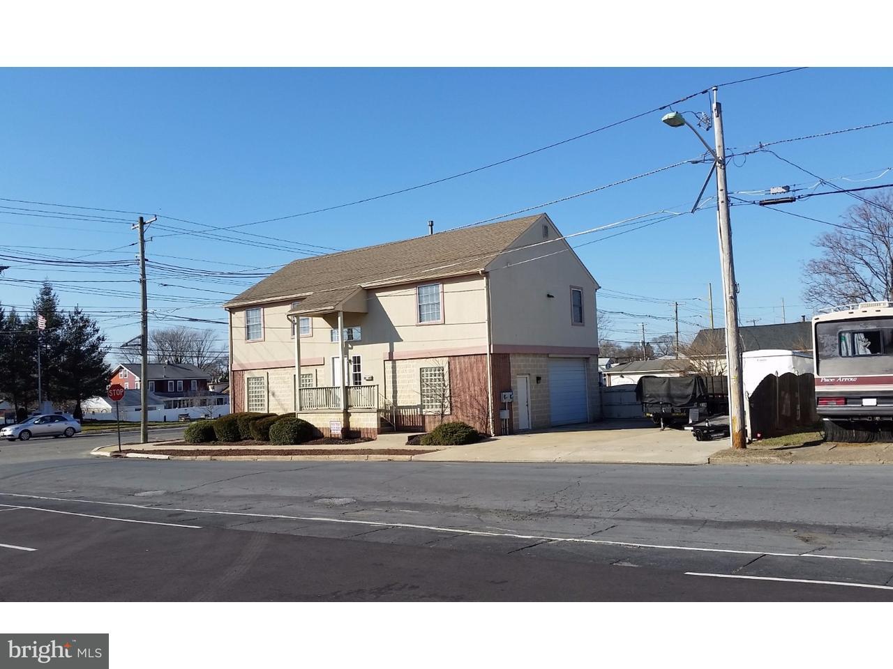Maison unifamiliale pour l Vente à 800 BLACK HORSE PIKE Glendora, New Jersey 08029 États-Unis