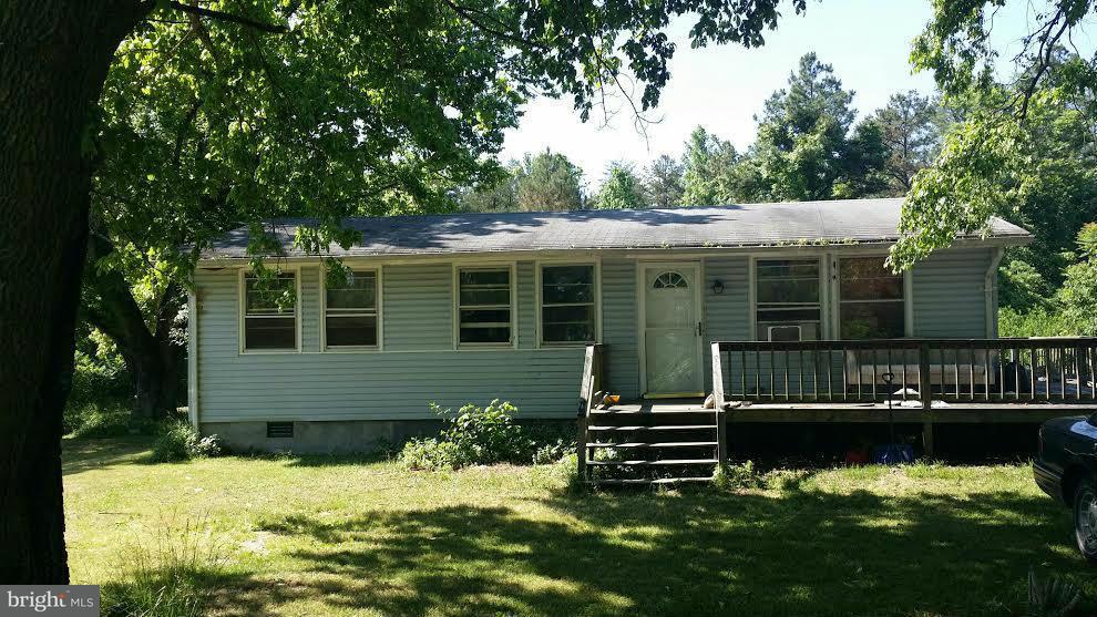 Single Family for Sale at 11606 Sunshine School Rd Woodford, Virginia 22580 United States