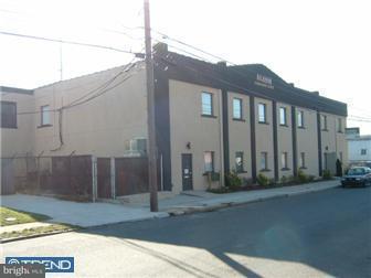 Maison unifamiliale pour l Vente à 512 PUSEY Avenue Collingdale, Pennsylvanie 19023 États-Unis
