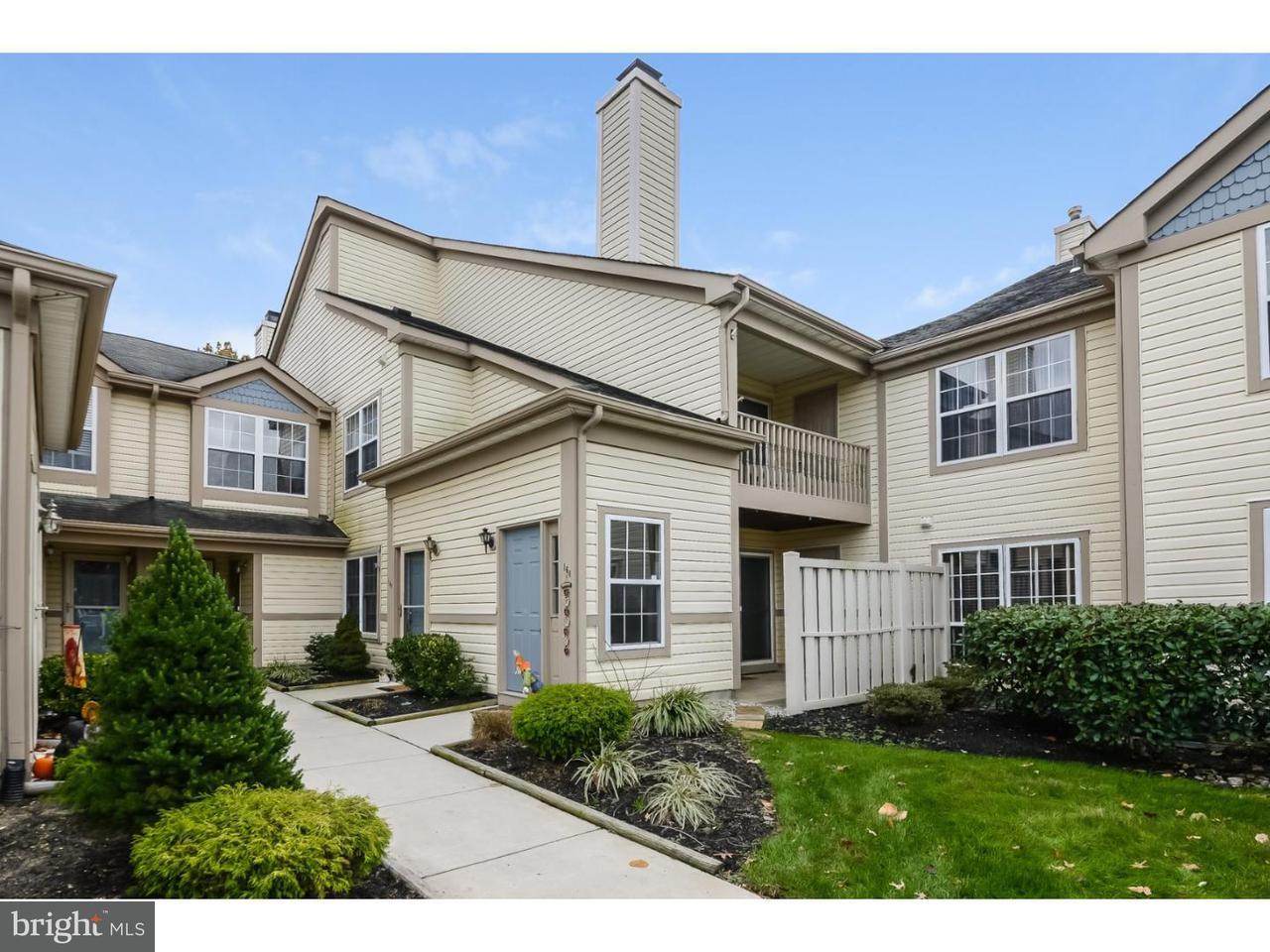 共管式独立产权公寓 为 销售 在 160 STEEPLECHASE Court Woodbury, 新泽西州 08096 美国