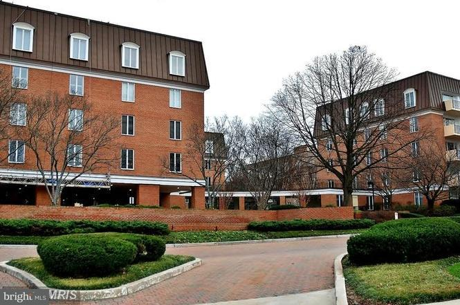 Condominium for Sale at 8101 Connecticut Ave #s-610 Chevy Chase, Maryland 20815 United States