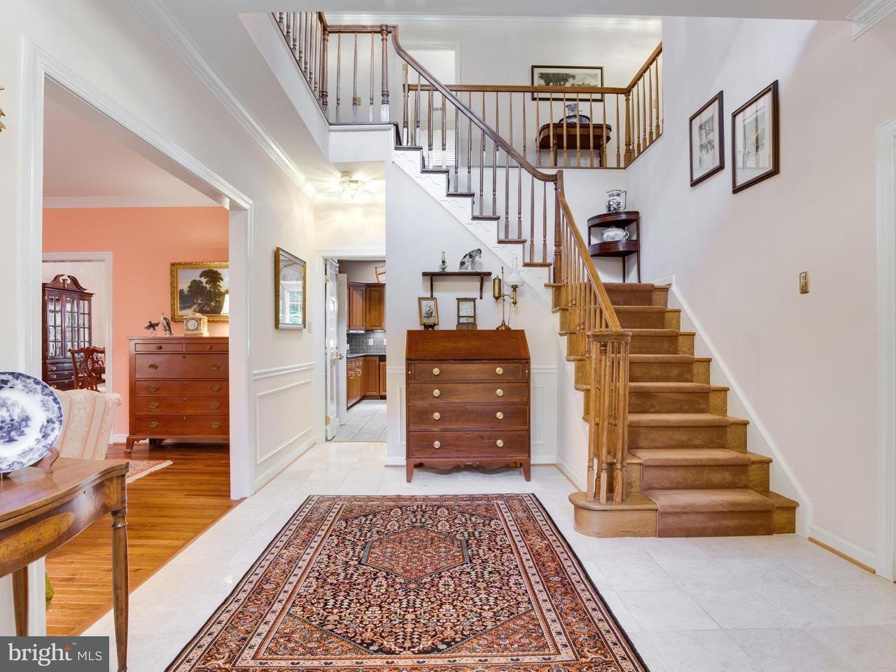 Single Family Home for Sale at 5505 W RIDGE VIEW Drive 5505 W RIDGE VIEW Drive Fairfax, Virginia 22030 United States