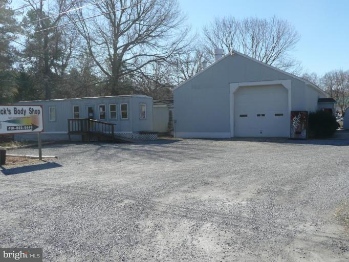 Commercial for Sale at 6402 Landing Neck Rd Easton, Maryland 21601 United States