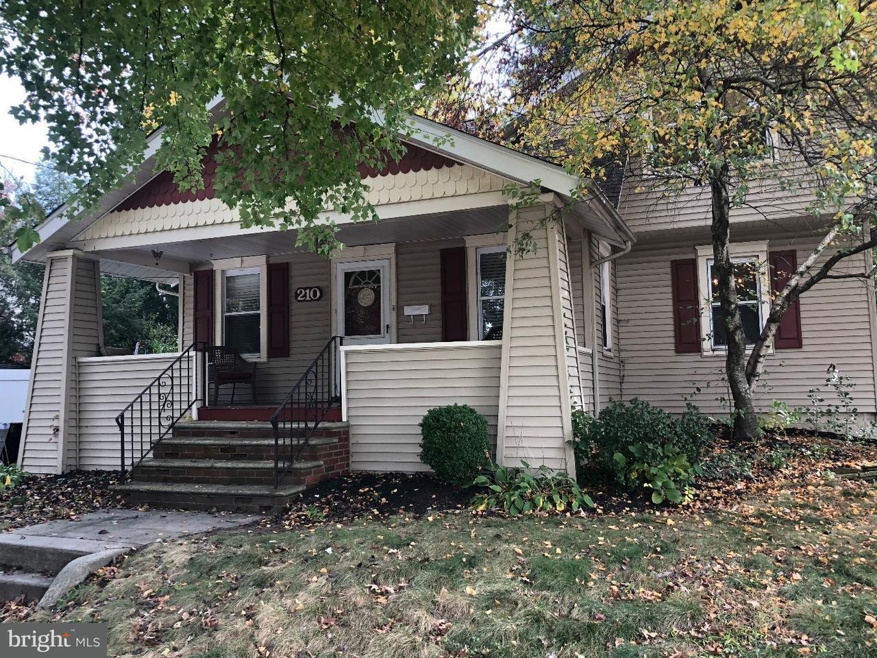 Частный односемейный дом для того Продажа на 210 PRINCETON Road Audubon, Нью-Джерси 08106 Соединенные Штаты