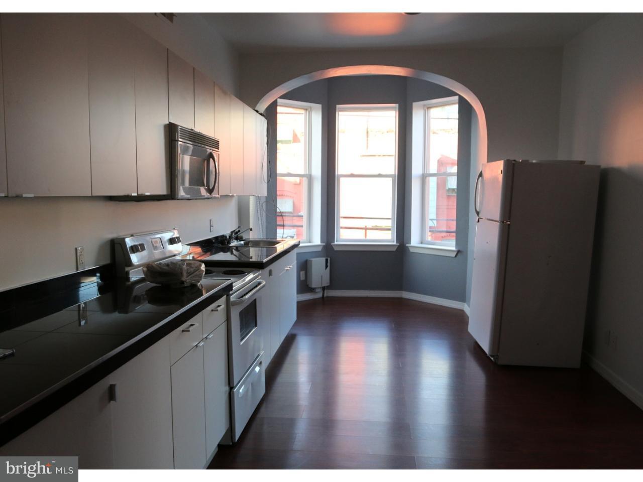 多棟聯建住宅 為 出租 在 1442 N 17TH ST #2ND FL Philadelphia, Pennsylvania 19121 United States