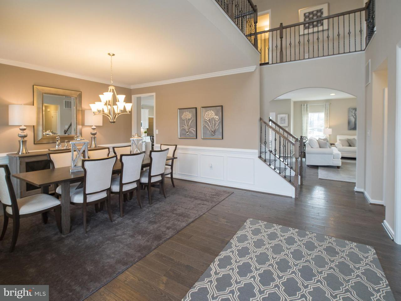 Maison unifamiliale pour l Vente à 14407 OWINGS Avenue 14407 OWINGS Avenue Brandywine, Maryland 20613 États-Unis